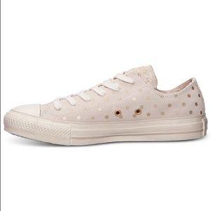 Converse Chuck Taylor Ox Dot Suede Sneaker